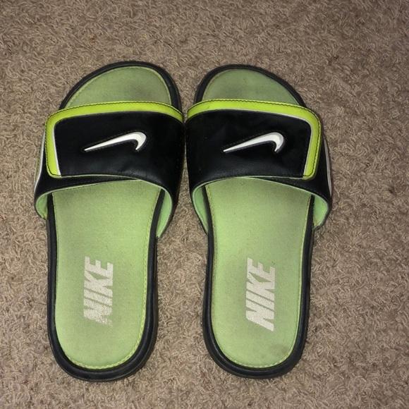 c48566a77 Nike Slides. M 5c461c152beb79f70a84edc4
